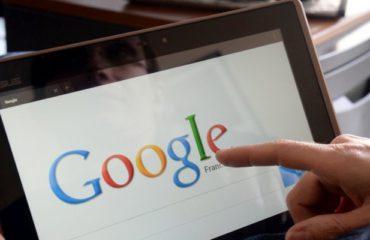 des applications téléchargeables depuis les résultats de recherche Google